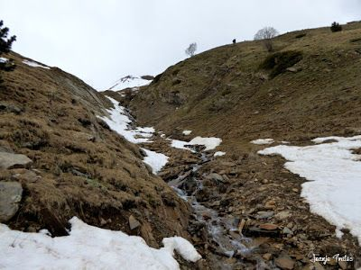 P1250322 - Otro Gallinero con nieve nueva, Cerler.