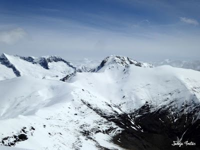P1250404 - Tuca Roques Trencades, 2.755 m.,  en Cerler (Valle de Benasque)