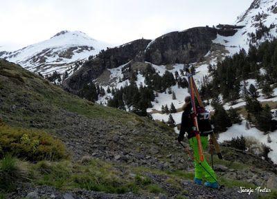 P1250530 - Repetimos y nevando en Roques Trencades, Cerler.