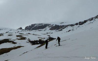 P1250540 - Repetimos y nevando en Roques Trencades, Cerler.