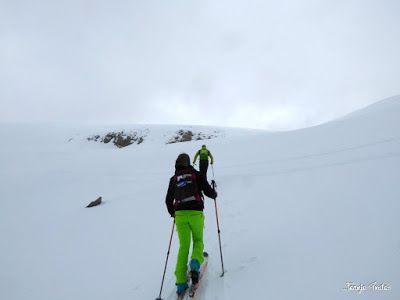 P1250547 - Repetimos y nevando en Roques Trencades, Cerler.