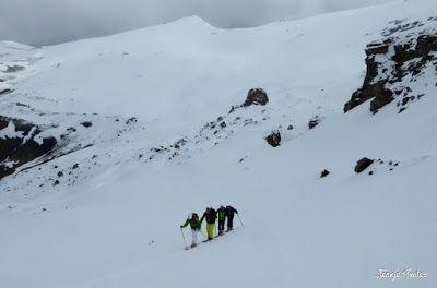 P1250557 - Repetimos y nevando en Roques Trencades, Cerler.