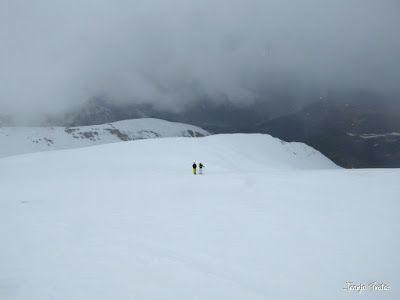 P1250564 - Repetimos y nevando en Roques Trencades, Cerler.