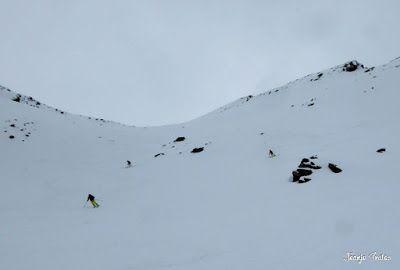 P1250598 - Repetimos y nevando en Roques Trencades, Cerler.