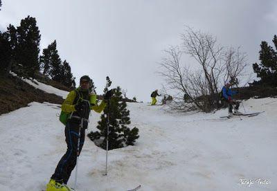 P1250611 - Repetimos y nevando en Roques Trencades, Cerler.