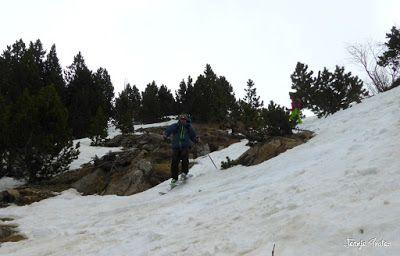 P1250620 - Repetimos y nevando en Roques Trencades, Cerler.