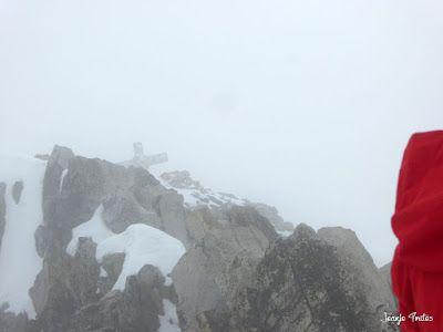 P1260159 - 30/5 Aneto y nevando.