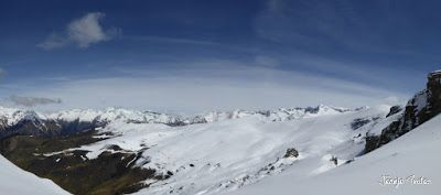 Panorama6 001 2 - Tuca Roques Trencades, 2.755 m.,  en Cerler (Valle de Benasque)