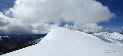 Panorama9 001 2 - Tuca Roques Trencades, 2.755 m.,  en Cerler (Valle de Benasque)