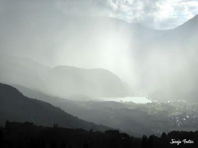 P1260817 1 - Tormenta y nieve ... junio en el Valle de Benasque.