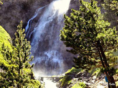 P1260877 fhdr - He vuelto a Las Tres Cascadas de Cerler, Valle de Benasque.