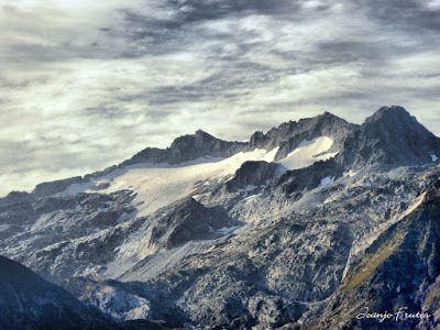 P1280344 fhdr - Subiendo al pico Sacroux, Valle de Benasque