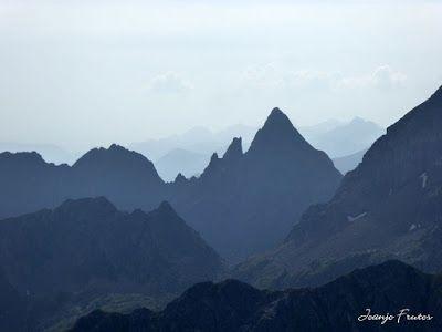 P1280439 - Subiendo al pico Sacroux, Valle de Benasque