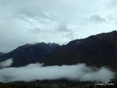 P1300082 - Nieve, otoño, esto está cerca, Cerler (Valle de Benasque)