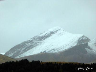 P1300085 - Nieve, otoño, esto está cerca, Cerler (Valle de Benasque)