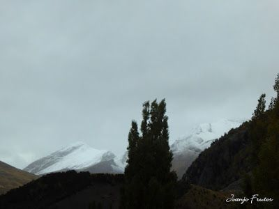 P1300089 - Nieve, otoño, esto está cerca, Cerler (Valle de Benasque)