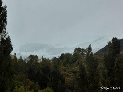 P1300090 - Nieve, otoño, esto está cerca, Cerler (Valle de Benasque)