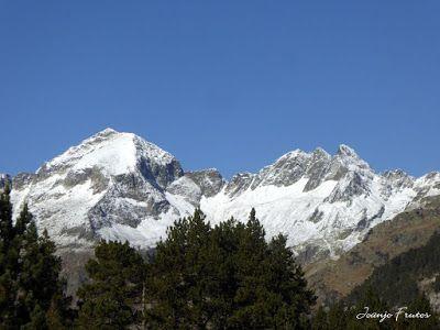 P1300212 - Maladetas más nevada, Valle de Benasque