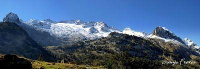 Panorama2 001 - Maladetas más nevada, Valle de Benasque