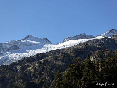P1300551 - Coll de Toro, Valle de Benasque con Vall d'Aràn.