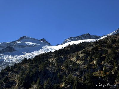 P1300559 - Coll de Toro, Valle de Benasque con Vall d'Aràn.