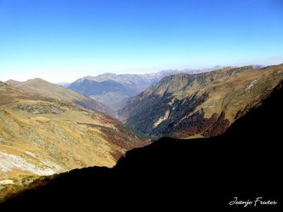 P1300641 - Coll de Toro, Valle de Benasque con Vall d'Aràn.