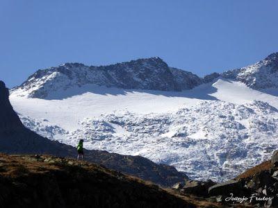 P1300650 - Coll de Toro, Valle de Benasque con Vall d'Aràn.
