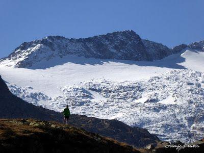 P1300652 - Coll de Toro, Valle de Benasque con Vall d'Aràn.