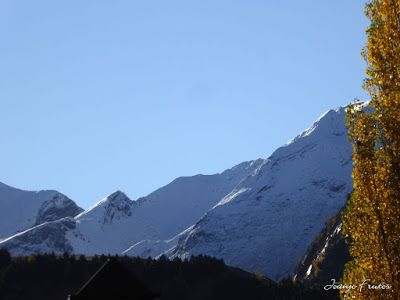 P1300918 - Primera nevada de noviembre en el Valle de Benasque.