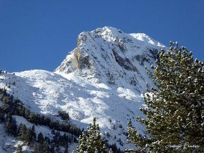 P1300950 - Primera nevada de noviembre en el Valle de Benasque.