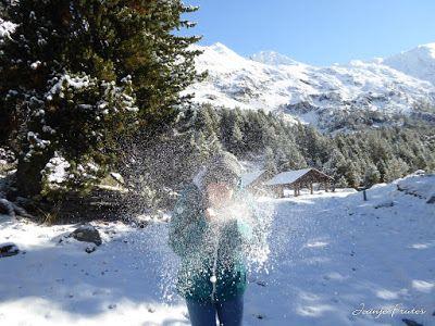P1300977 - Primera nevada de noviembre en el Valle de Benasque.
