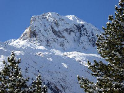 P1310033 - Primera nevada de noviembre en el Valle de Benasque.