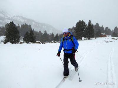 P1310074 - Primera esquiada por Llanos del Hospital, Valle de Benasque.