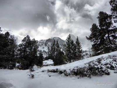 P1310153 fhdr - Y esquiamos hasta Llanos del Hospital desde La Besurta, Valle de Benasque.