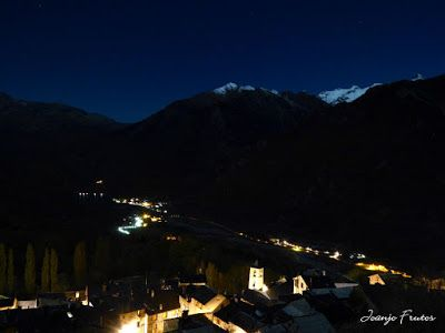 P1310256 - Jugando con la Luna, Valle de Benasque