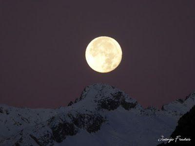 P1310288 - Jugando con la Luna, Valle de Benasque