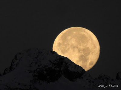 P1310300 1 - Jugando con la Luna, Valle de Benasque