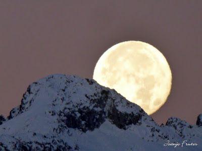 P1310301 - Jugando con la Luna, Valle de Benasque