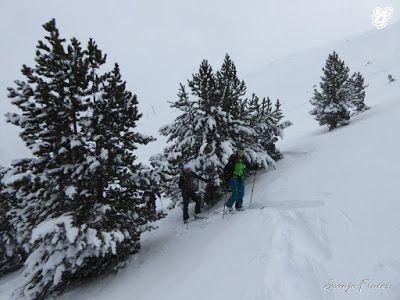 P1310655 - Rincón del Cielo muy nevado, Cerler (Valle de Benasque)