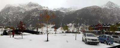 Panorama5 001 1 - Primera esquiada por Llanos del Hospital, Valle de Benasque.