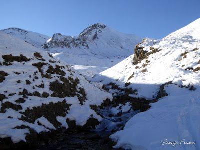 P1320407 - Travesía corta al Ibón de Basibé. Valle de Benasque.