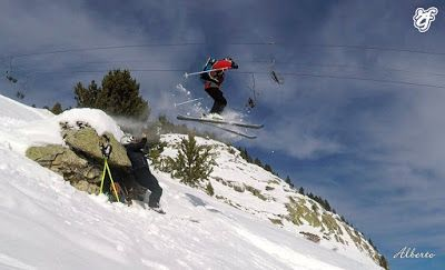 GOPR1128 001 - Volando con Esquí Club Cerler Aneto.