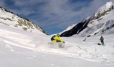 GOPR1131 002 - Volando con Esquí Club Cerler Aneto.