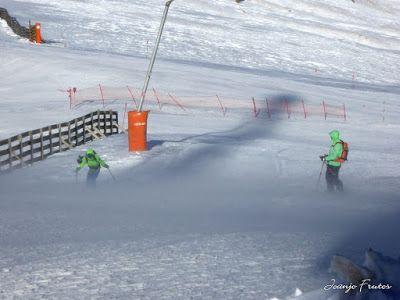 P1320582 - Viento ... skimo en Cerler, Valle de Benasque.