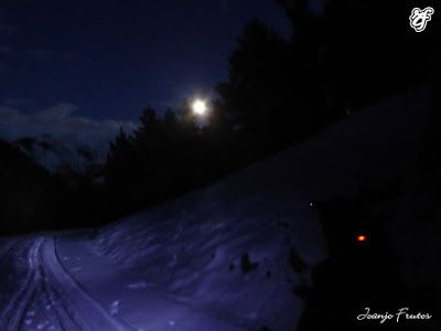P1320745 - Powder & Luna Llena, perfect day ... Cerler