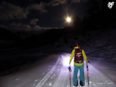 P1320759 - Powder & Luna Llena, perfect day ... Cerler