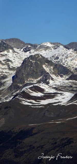 Panorama1 2 - Viento ... skimo en Cerler, Valle de Benasque.