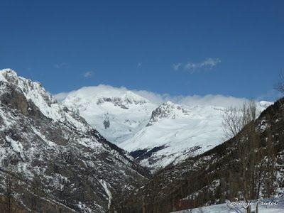 P1000697 - Fotos del Valle de Benasque, pedazo de febrero en Cerler..