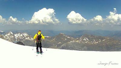MOV 0006 001 - Maladeta con nieve polvo.