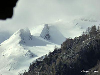 P1040217 - Mayo y vuelve la nieve al Valle de Benasque.